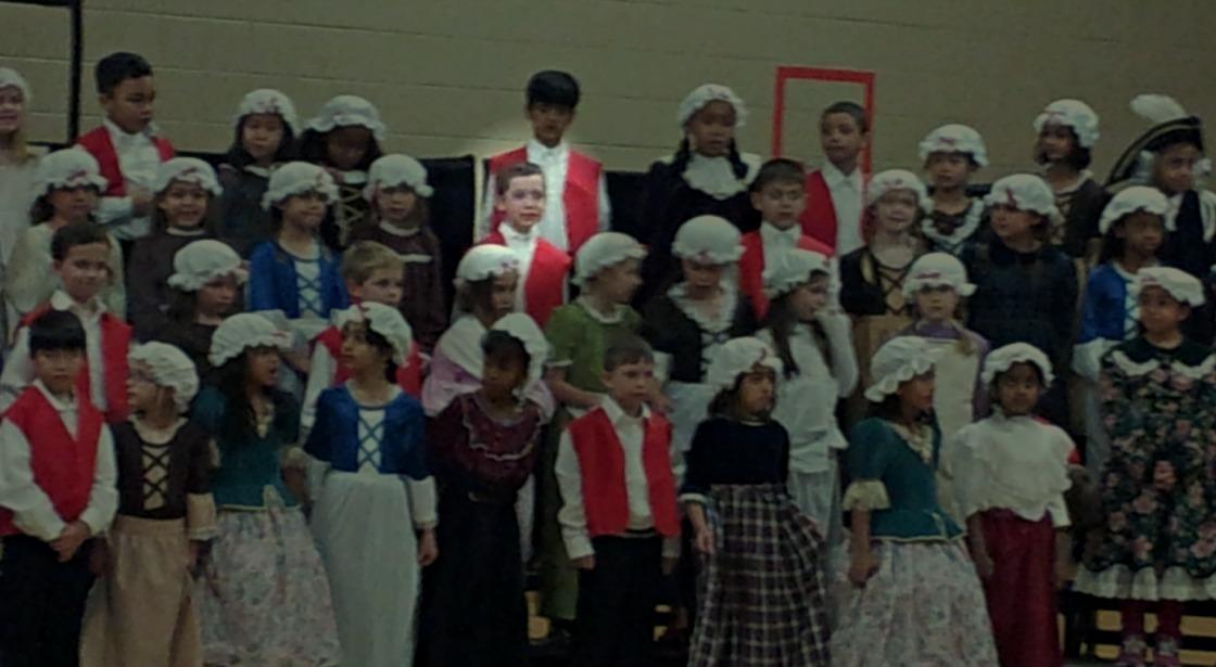 Luke-school-choir