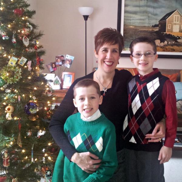 luke-connor-mom-monica-christmas