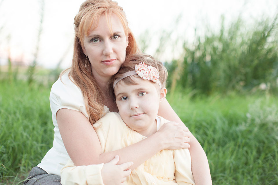 Avery and her mom while Avery was in treatment for childhood cancer