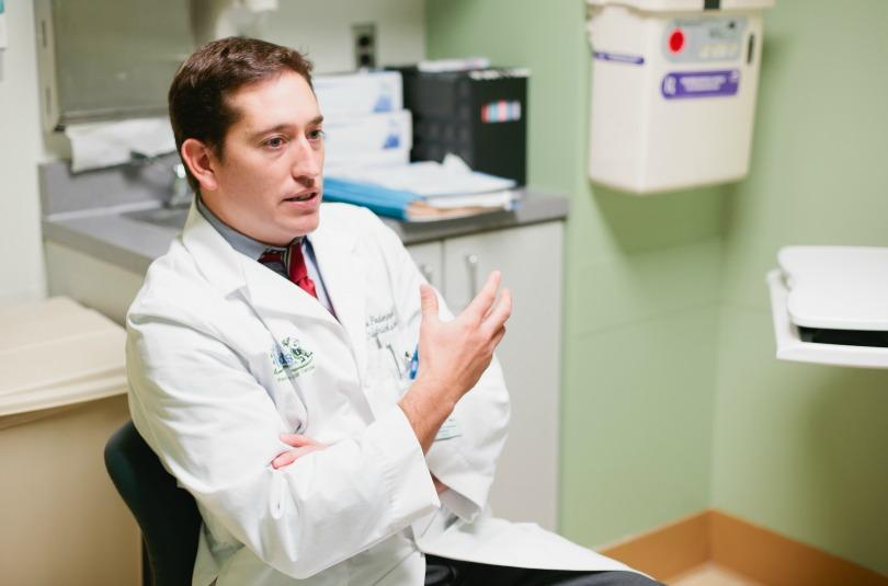 Dr. Noah Federman