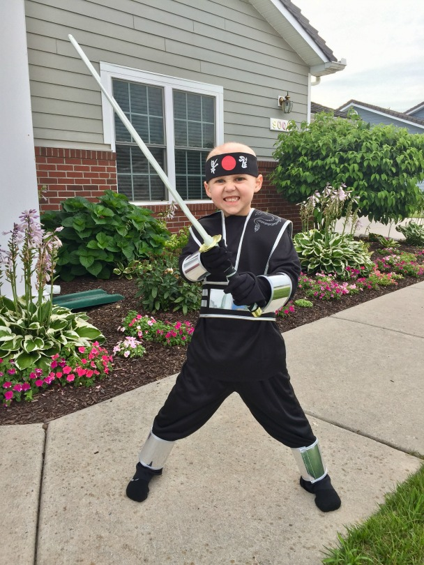 Von Kleiv strikes a ninja pose