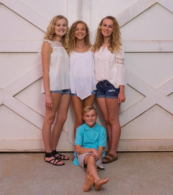 Mason and his sisters