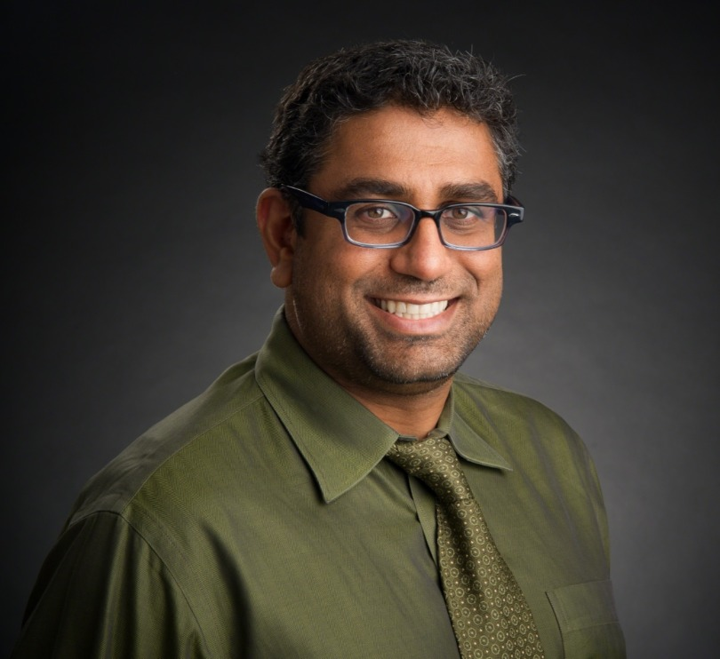 Dr. Nickhill Bhakta portrait